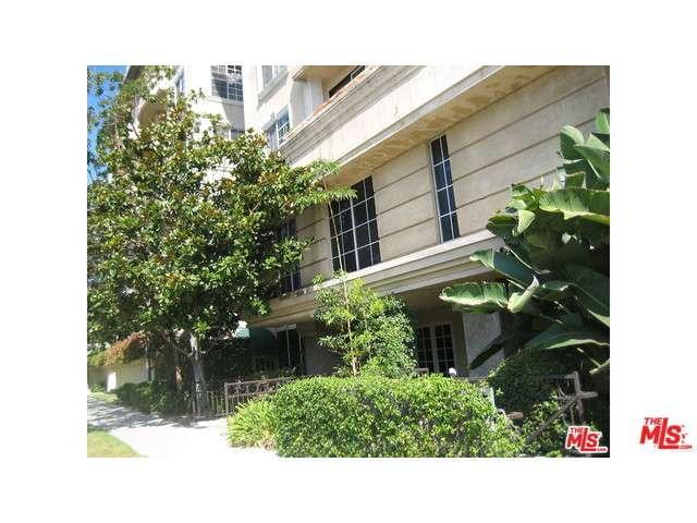 Rental Homes for Rent, ListingId:32779358, location: 8811 BURTON Way West Hollywood 90048