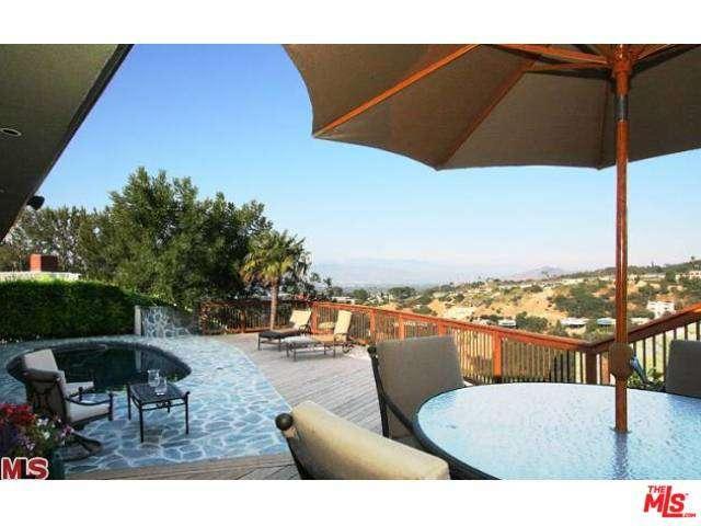 Rental Homes for Rent, ListingId:32823935, location: 14638 DEERVALE Place Sherman Oaks 91403