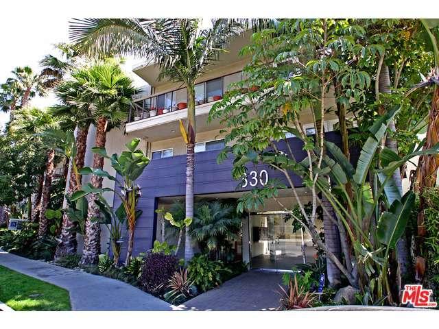 Rental Homes for Rent, ListingId:32844609, location: 330 South BARRINGTON Avenue Los Angeles 90049