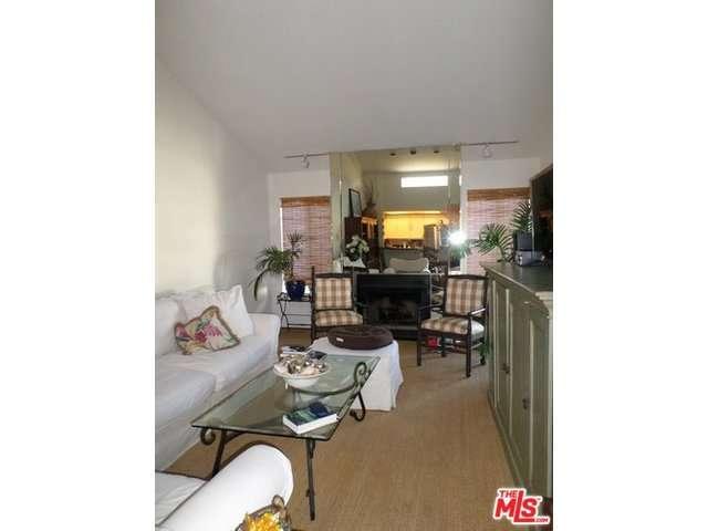 Rental Homes for Rent, ListingId:32988134, location: 5534 ENCINO Avenue Encino 91316
