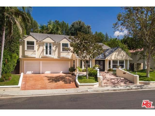 Rental Homes for Rent, ListingId:32946105, location: 9654 WENDOVER Drive Beverly Hills 90210