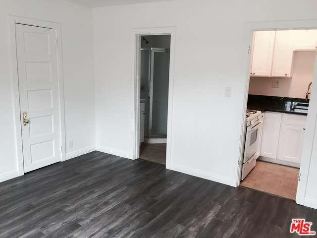 Rental Homes for Rent, ListingId:33009251, location: 12352 MONTANA Avenue Los Angeles 90049