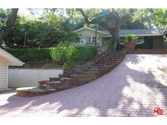 Rental Homes for Rent, ListingId:32988153, location: 15544 DEL GADO Drive Sherman Oaks 91403