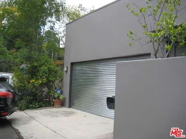 Rental Homes for Rent, ListingId:33016910, location: 2382 KIMRIDGE Road Beverly Hills 90210