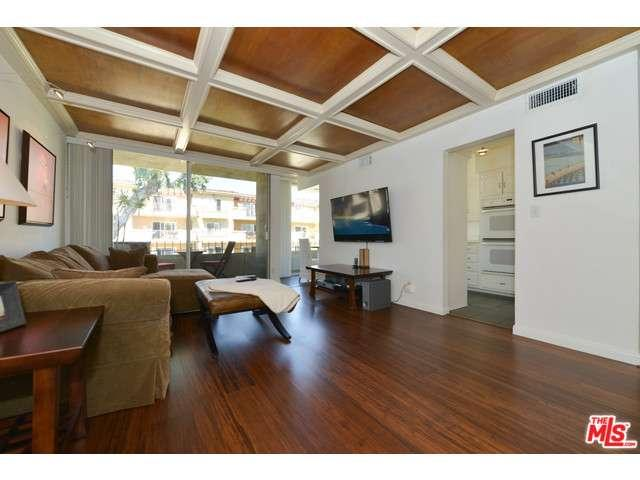 Rental Homes for Rent, ListingId:33067276, location: 11910 MAYFIELD Avenue Los Angeles 90049