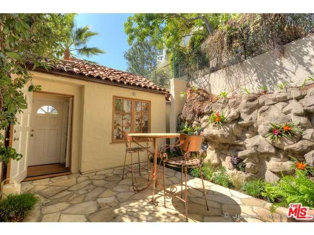 Rental Homes for Rent, ListingId:33143031, location: 1621 North LAUREL CANYON Boulevard West Hollywood 90069