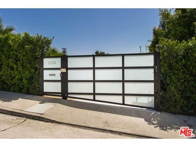 Rental Homes for Rent, ListingId:33135063, location: 2330 INVERNESS Avenue Los Angeles 90027