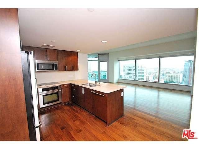 Rental Homes for Rent, ListingId:33142934, location: 705 West 9TH Street Los Angeles 90015