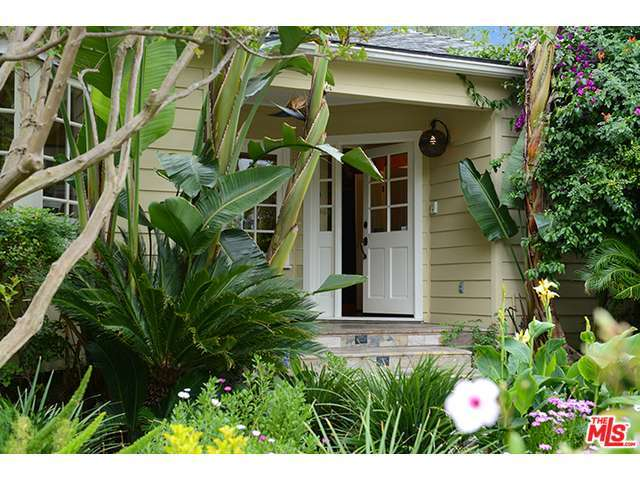 Rental Homes for Rent, ListingId:33171663, location: 14024 ROBLAR Road Sherman Oaks 91423