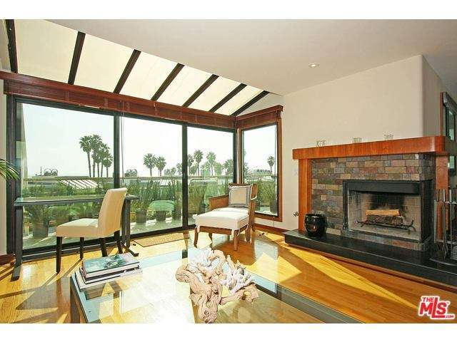 Rental Homes for Rent, ListingId:33213369, location: 33 SEA COLONY Drive Santa Monica 90405