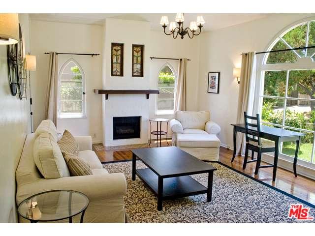Rental Homes for Rent, ListingId:33231550, location: 830 North GARDNER Street Los Angeles 90046