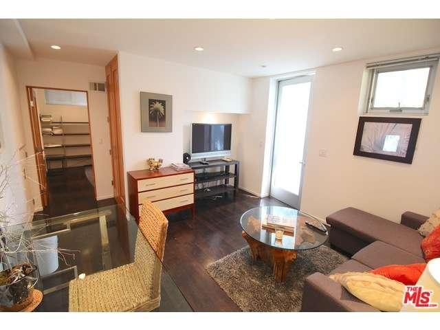 Rental Homes for Rent, ListingId:33255257, location: 600 North SWEETZER Avenue Los Angeles 90048
