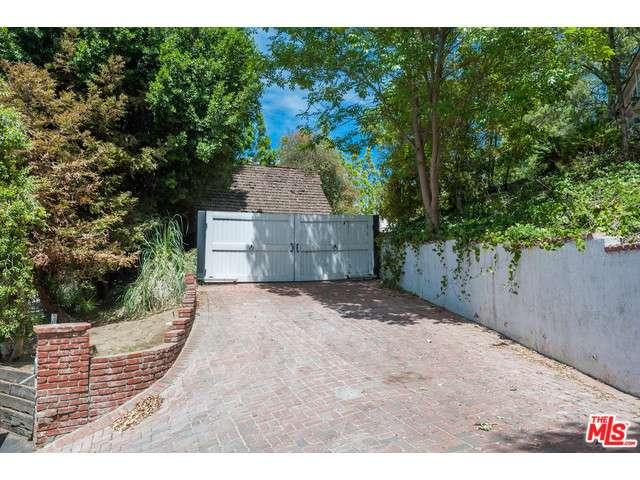 Rental Homes for Rent, ListingId:33261350, location: 9669 OAK PASS Road Beverly Hills 90210
