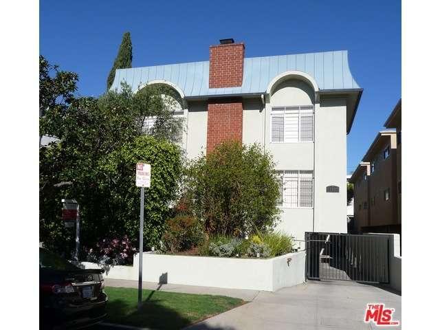 Rental Homes for Rent, ListingId:33408643, location: 11937 DARLINGTON Avenue Los Angeles 90049