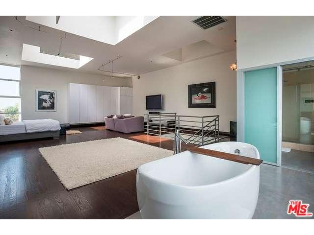 Rental Homes for Rent, ListingId:33356135, location: 1643 12TH Street Santa Monica 90404
