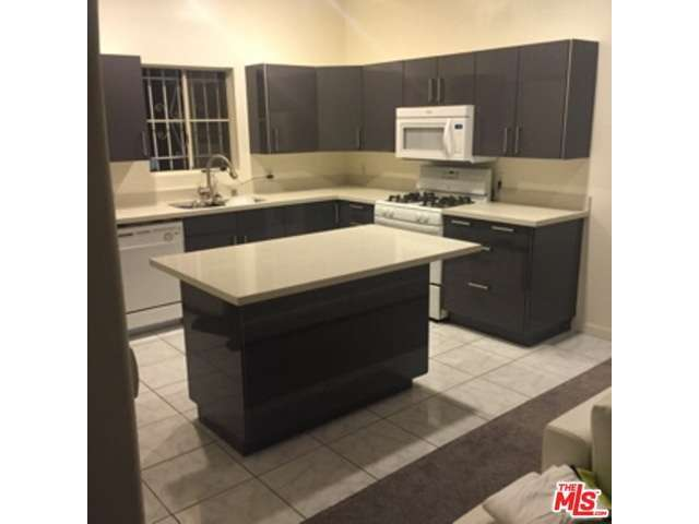 Rental Homes for Rent, ListingId:33317239, location: 856 West BEACH Avenue Inglewood 90302