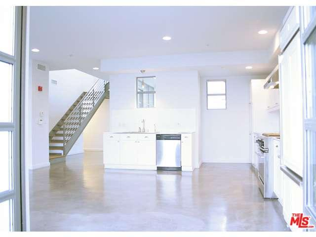 Rental Homes for Rent, ListingId:33356173, location: 1358 4TH STREET Santa Monica 90401