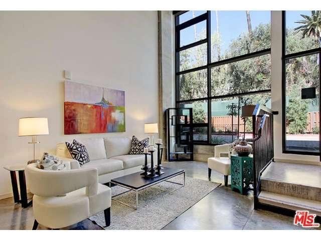 Rental Homes for Rent, ListingId:33356125, location: 6201 HOLLYWOOD Los Angeles 90028