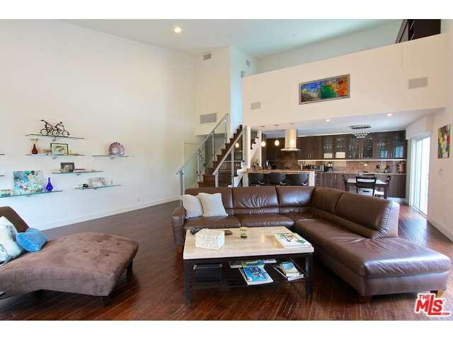 Rental Homes for Rent, ListingId:33368654, location: 1021 North CRESCENT HEIGHTS West Hollywood 90046