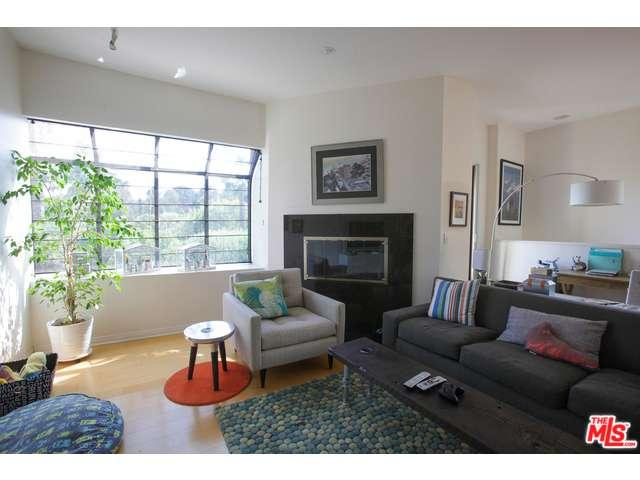 Rental Homes for Rent, ListingId:33368594, location: 3023 BERKELEY Avenue Los Angeles 90026