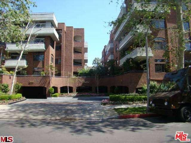 Rental Homes for Rent, ListingId:33439249, location: 200 North SWALL Drive Beverly Hills 90211