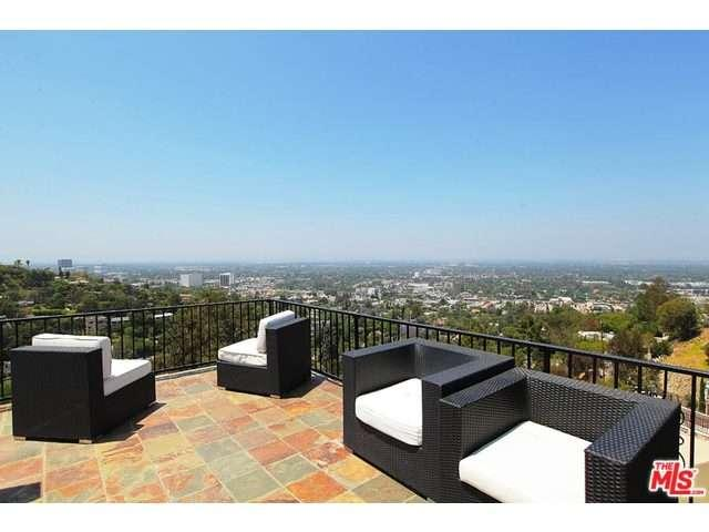 Rental Homes for Rent, ListingId:33469583, location: 3940 OAKFIELD Drive Sherman Oaks 91423