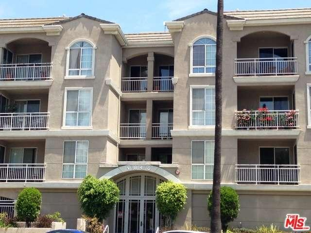 Rental Homes for Rent, ListingId:33491712, location: 1840 South BEVERLY GLEN Los Angeles 90025