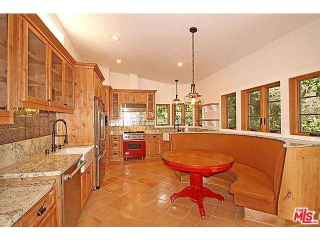 Rental Homes for Rent, ListingId:33548953, location: 874 North BEVERLY GLEN Los Angeles 90077