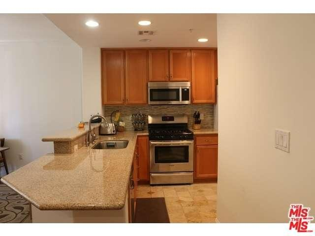 Rental Homes for Rent, ListingId:34356414, location: 12963 RUNWAY Road Playa Vista 90094