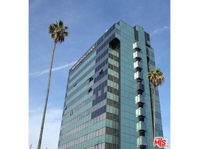 Rental Homes for Rent, ListingId:33692000, location: 5825 West SUNSET Los Angeles 90028