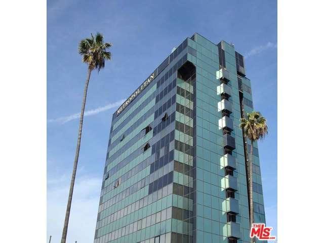 Rental Homes for Rent, ListingId:33692000, location: 5825 West SUNSET Los Angeles 90028
