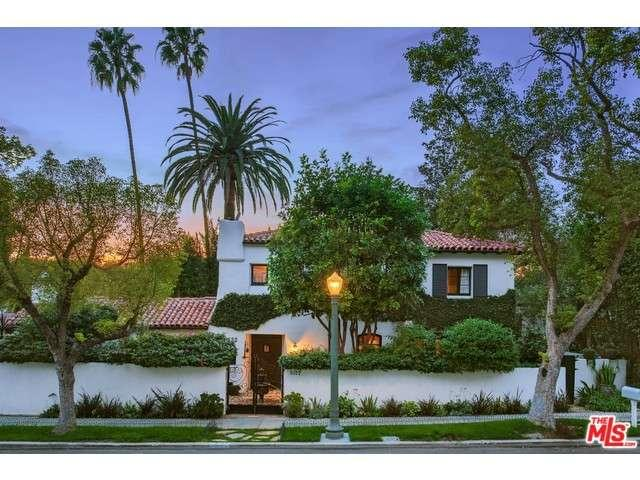 Rental Homes for Rent, ListingId:33715362, location: 3122 LAKE HOLLYWOOD Drive Los Angeles 90068