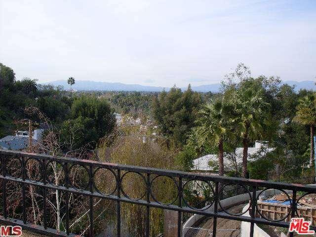 Rental Homes for Rent, ListingId:33774059, location: 4148 SUNSWEPT Drive Studio City 91604