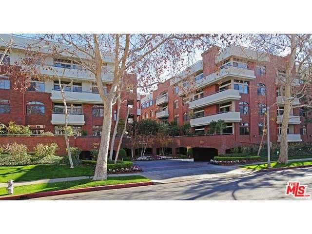 Rental Homes for Rent, ListingId:33812626, location: 200 North SWALL Drive Beverly Hills 90211