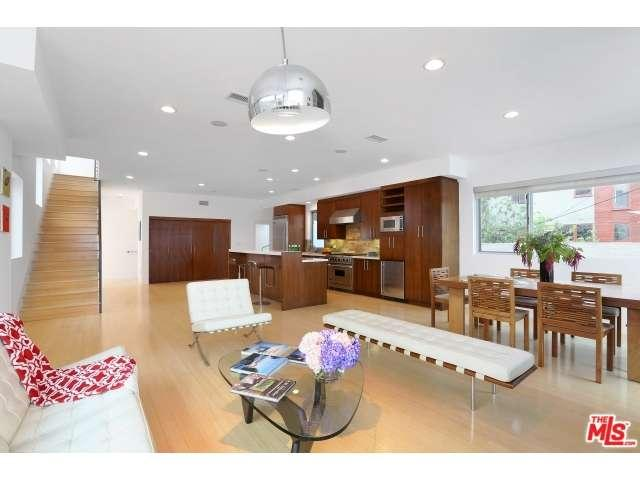 Rental Homes for Rent, ListingId:33901624, location: 1712 ABBOT KINNEY Boulevard Venice 90291