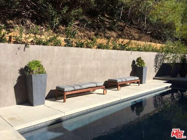 Rental Homes for Rent, ListingId:33953447, location: 11575 CANTON Drive Studio City 91604