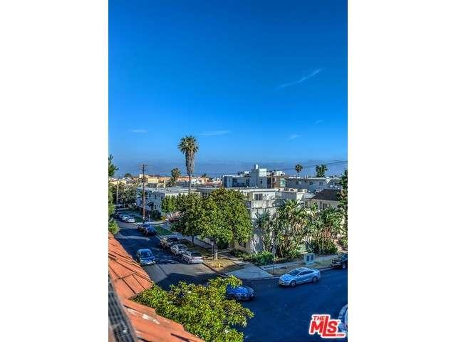 Rental Homes for Rent, ListingId:34013634, location: 980 GRANVILLE Avenue Los Angeles 90049