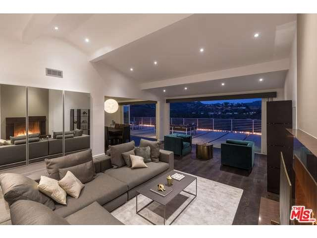 Rental Homes for Rent, ListingId:34071357, location: 2960 LAKERIDGE Drive Los Angeles 90068