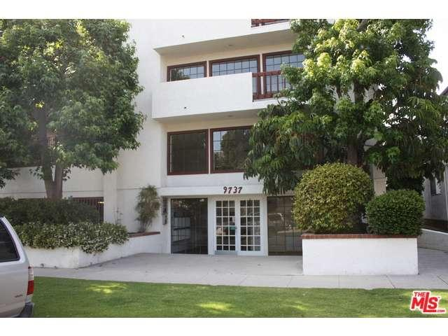 Rental Homes for Rent, ListingId:34077912, location: 9737 CHARNOCK Avenue Los Angeles 90034