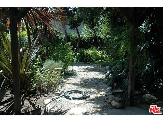 Rental Homes for Rent, ListingId:34086296, location: 2619 GLENDALE Boulevard Los Angeles 90039
