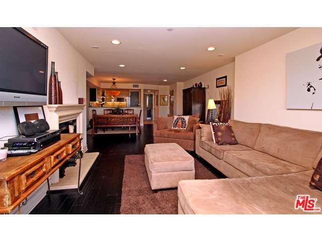 Rental Homes for Rent, ListingId:34164062, location: 1319 North DETROIT Street Los Angeles 90046