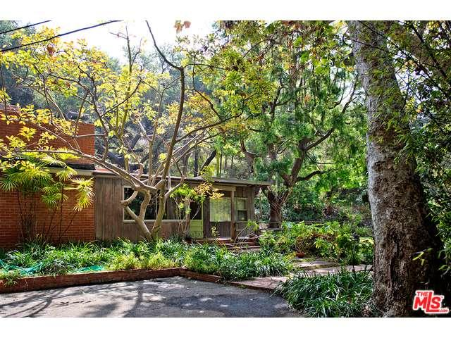 Rental Homes for Rent, ListingId:34145978, location: 14225 West SUNSET Boulevard Pacific Palisades 90272