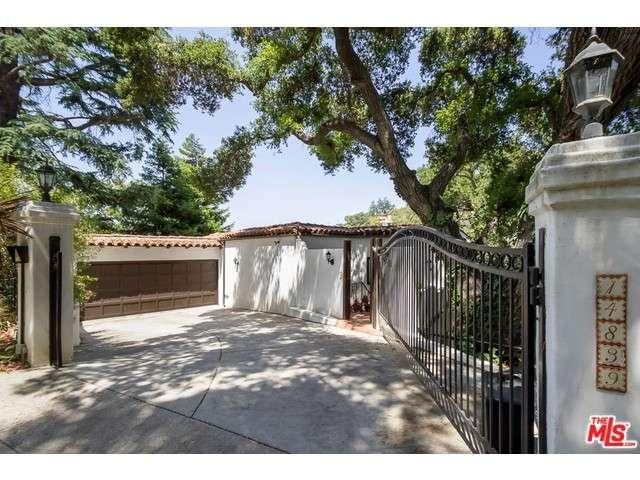 Rental Homes for Rent, ListingId:34187580, location: 14839 ROUND VALLEY Drive Sherman Oaks 91403