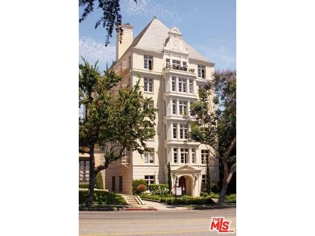 Rental Homes for Rent, ListingId:34257116, location: 1360 CRESCENT HEIGHTS Boulevard West Hollywood 90046
