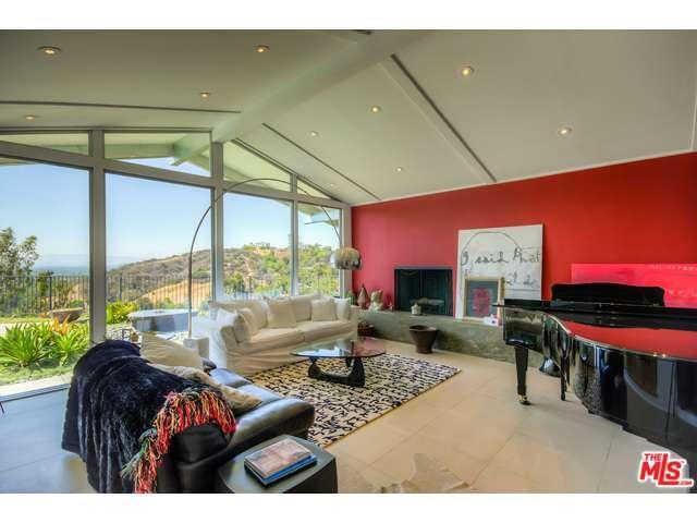 Rental Homes for Rent, ListingId:34338347, location: 11563 DONA TERESA Drive Studio City 91604