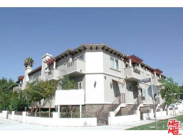 Rental Homes for Rent, ListingId:34338335, location: 4904 LAUREL CANYON Valley Village 91607