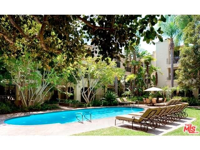 Rental Homes for Rent, ListingId:34407379, location: 555 South BARRINGTON Avenue Los Angeles 90049