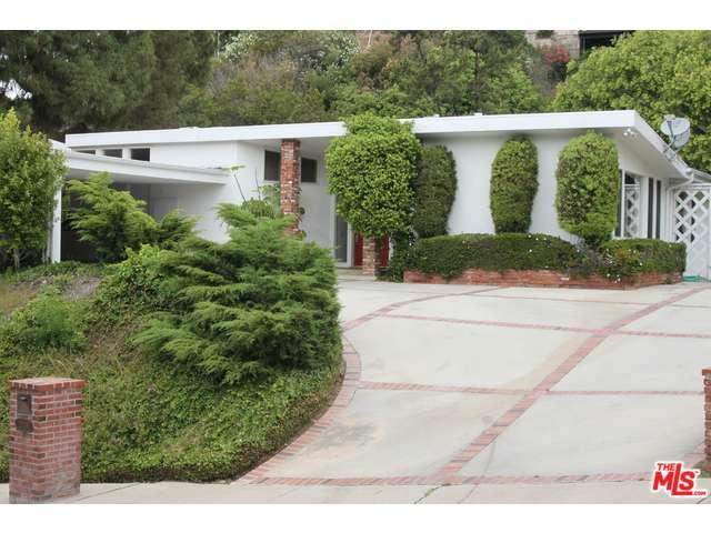 Rental Homes for Rent, ListingId:34455136, location: 2335 SAN YSIDRO Drive Beverly Hills 90210