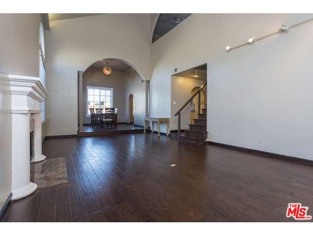 Rental Homes for Rent, ListingId:34429485, location: 1406 CAMDEN Avenue Los Angeles 90025