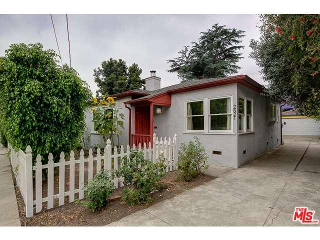 Rental Homes for Rent, ListingId:34455157, location: 2521 GRIFFITH PARK Los Angeles 90039